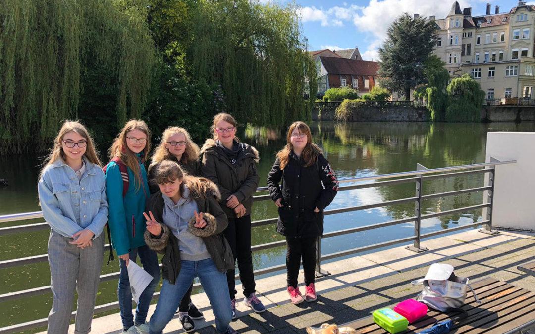 """Kultur Pur im Jahrgang 7"" – Der gesamte Jahrgang 7 der Gesamtschule Bad Driburg"